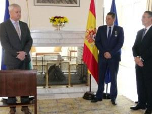 Испания отличи наш антимафиот с Бял кръст