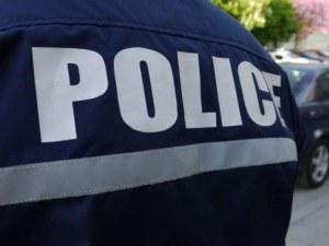 Разследват пловдивски полицай,  завлякъл жители на село Войсил с хиляди левове