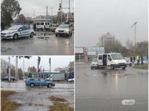 Спецбусът, ударен на кръстовище в Пловдив, преследвал нарушител от Столипиново
