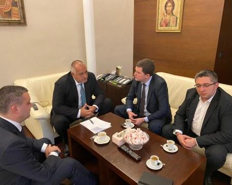 Правителството отпуска 2,7 милиона лева за кризата в Перник