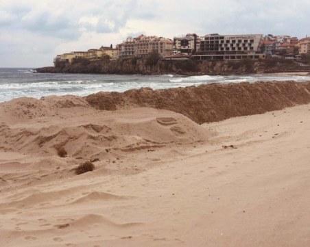 Разпоредиха да спре изземването на пясък от плажа в Созопол