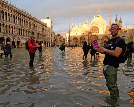 Торнадо, урагани и порои продължават да мъчат Европа
