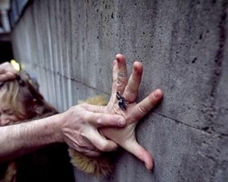 Мъж преби 30-годишна жена в Габрово