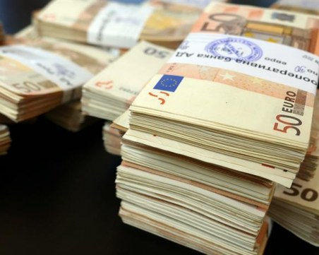 Намериха виртуалния любовник на банковата служителка от Варна, получил 1 млн.лв