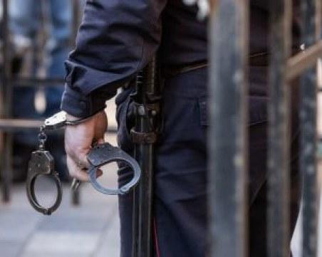 Полицейска гонка в Шумен, арестуваха обявен за издирване мъж