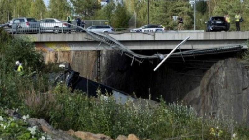 Автобус падна  дере в Чили, най-малко 20 души са загинали