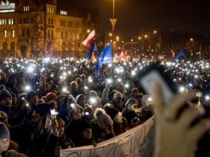 Антиправителствени протести избухнаха в Полша