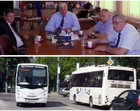 По-добър ли е градският транспорт в Пловдив? Превозвачите си искат обещаното, но никой не търси тяхното