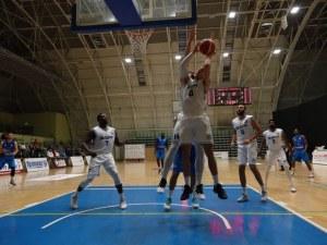 Академик Бултекс 99 гони 4-та победа в Балканската лига днес