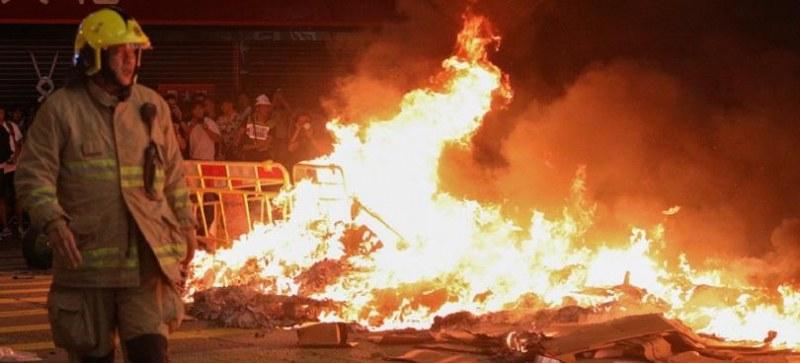 14 са в неизвестност след голям пожар в Одеса, няма данни за пострадали българи