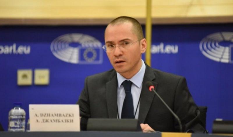 Джамбазки: Намалянето на субсидията бе наказателен ход срещу БСП