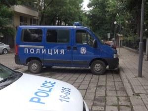 Акция в студентско общежитие в Пловдив, арестуваха 19-годишен