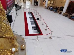 Най-голямото пиано в света може да бъде видяно и чуто в Пловдив