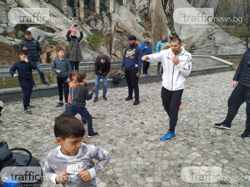 Тервел Пулев: Контактът с децата е много важен за нас