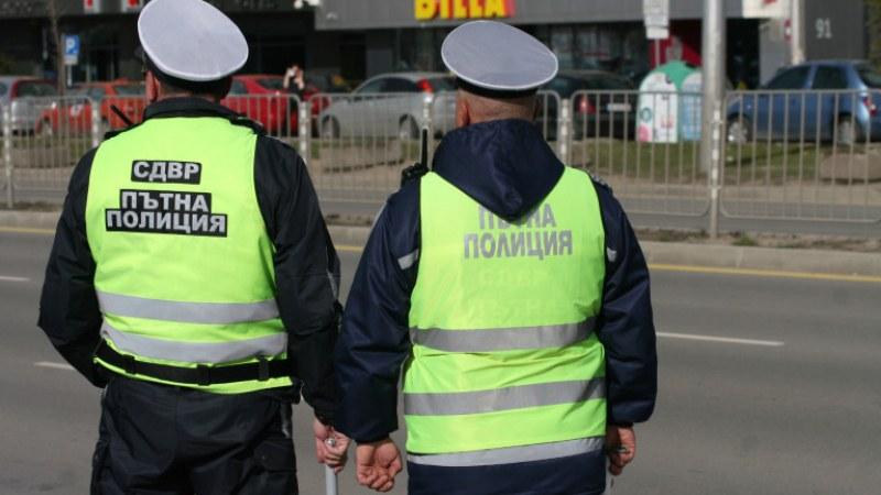 Проверяват шофьорите за алкохол и наркотици заради студентския празник
