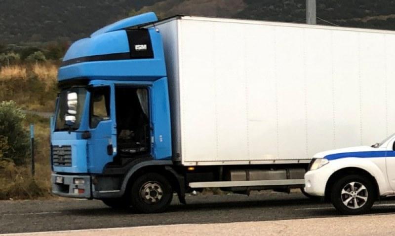 Акция: Гръцката полиция погна български камиони заради контрабанда