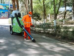 Специална оферта за боклукчии: Инженери и IT-специалисти се наредиха на опашки