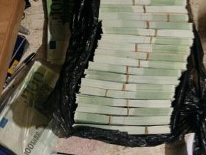 Намериха 250 000 фалшиви евро в разбитата втора наркобанда в Елин Пелин