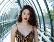 Алма изпълнява опасни каскади във видеото към новата си песен