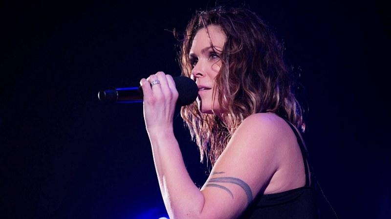 Отмениха концерта на Бет Харт в столицата заради вирусно заболяване на певицата