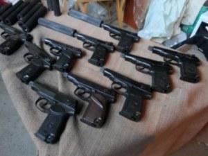 САЩ ни върнаха майстор на нелегално оръжие, издирван 15 години