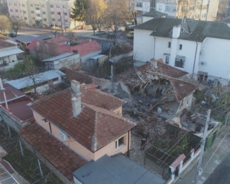 Взрив на бойлер остави семейство без дом преди празниците