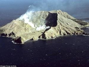 Вулканът в Нова Зеландия изригна отново