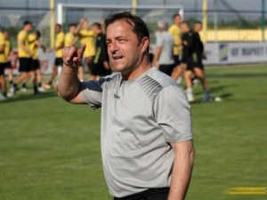 Бившият треньор на Ботев съди клуба, дължат му над 300 бона