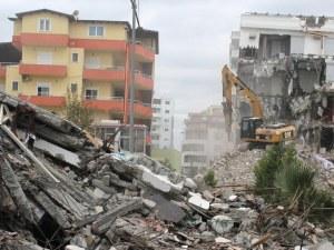 Арести в Албания заради рухналите сгради при силното земетресение