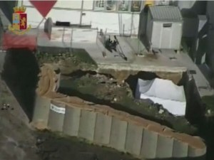 Евакуираха 54 000 души в Италия заради бомба