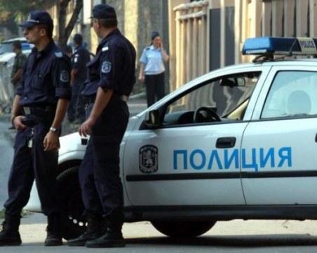 Крадци нахлуха в апартамент край Пазарджик, задигнаха пари и бижута