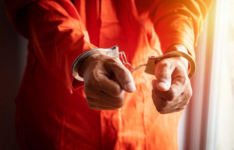 Доживотен затвор за мъж, зверски убил 87-годишна баба в Хасковско