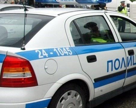 Тийнейджър повреди 10 леки коли и джипове