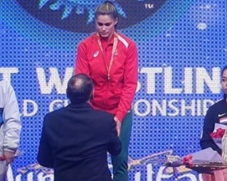 Българка стана световна шампионка по борба с пояси