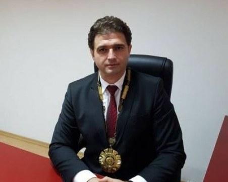 Освободиха кмета на Стрелча от поста заради фирма за белот