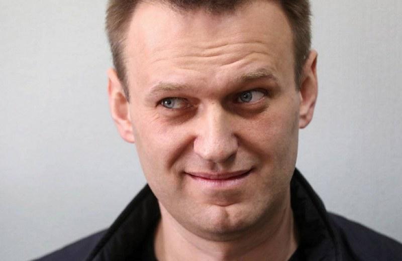 Полицията арестува Алексей Навални след обиск в офиса му