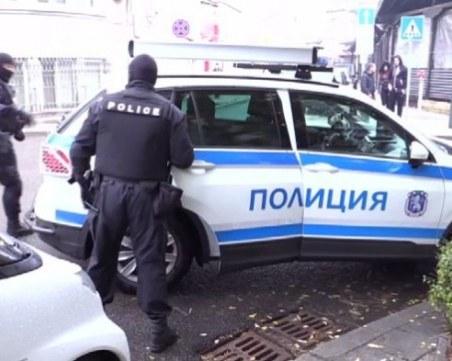 Активни проверки по магазините в Пазарджик, иззеха 58 спортни стоки