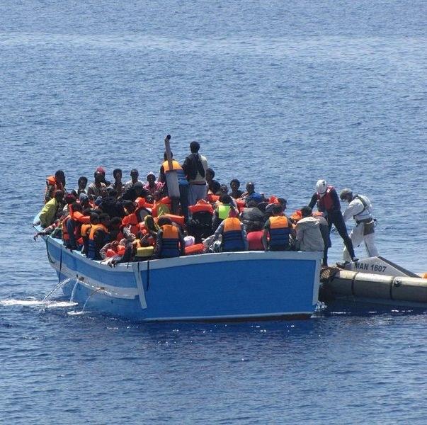 Спасиха 30 души от удавяне в Ламанша