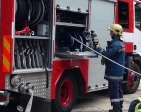 Сляп мъж почина при пожар в каравана в Бургас