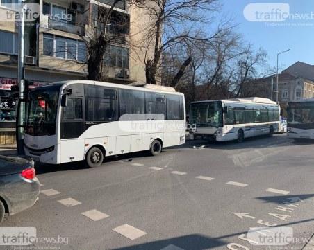 Водачът на автобуса, ударил жената в Пловдив: Бях спрял, но колегата ме блъсна отзад