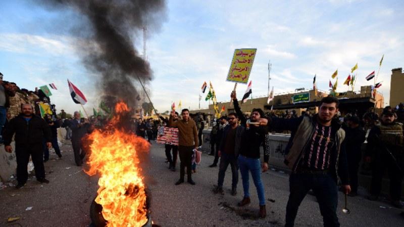 Още един убит в Ирак - жертвите на протестите набъбнаха на 460