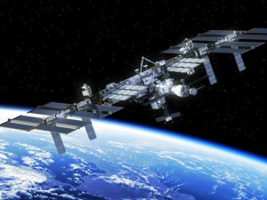 Астронавтите на МКС останаха без тоалетни, ползват памперси