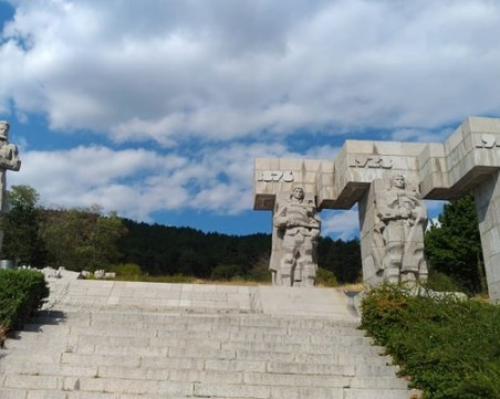 Калофер - град на велики българи и забравени герои