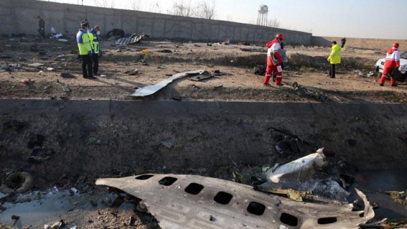 Иран отказва да предаде черните кутии на падналия украински самолет