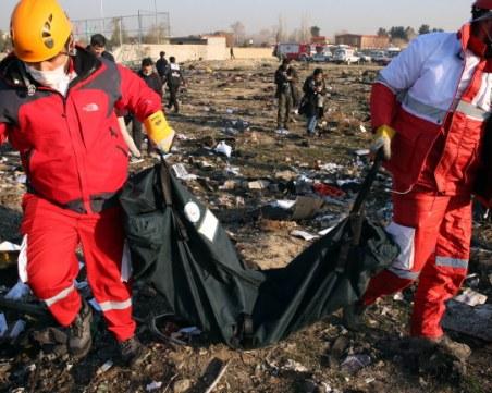 От Иран с първи доклад за причините за разбиването на самолета със 176 души
