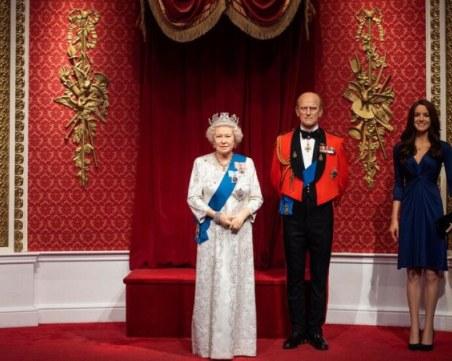 Восъчните фигури на Меган и Хари бяха премахнати от музея на