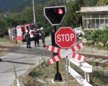 Втора жертва след инцидента на железопътен прелез в Сливенско