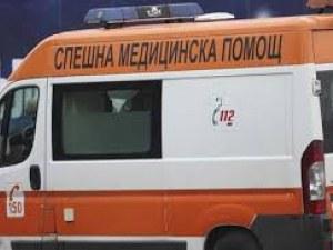 Жена блокира линейка за пациент с инфаркт! Бави я критични 8 минути