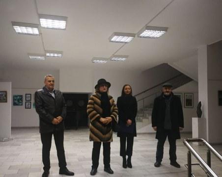 Учители с изложба в Общинския съвет в Пловдив