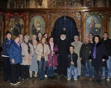 Българи от страната и чужбина даряват средства за изграждане на храм край Чирпан